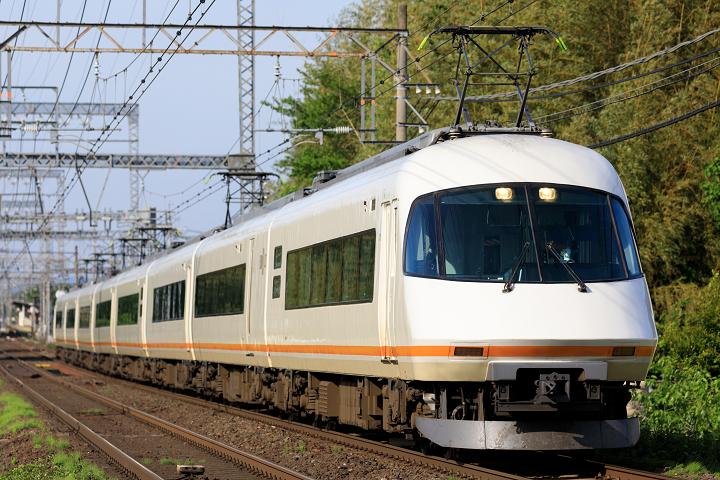 Kintetsu21000-21s.jpg