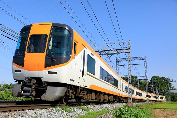 Kintetsu22000-33s.jpg
