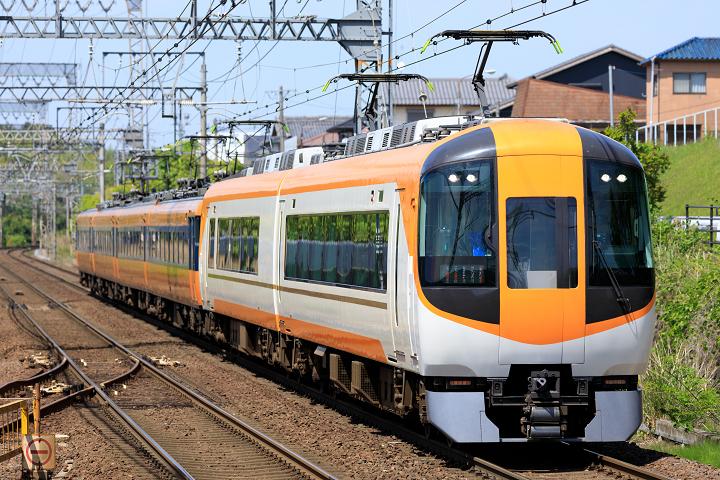 Kintetsu22600-10s.jpg