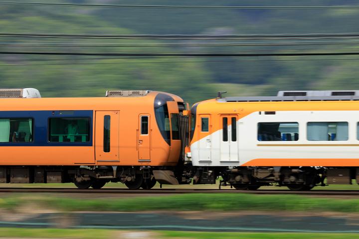Kintetsu22600-8s.jpg