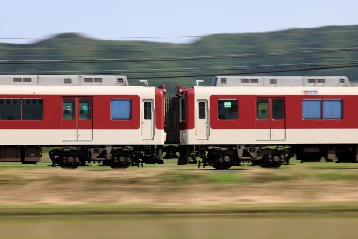 Kintetsu2410-33s.jpg