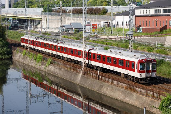Kintetsu8000-20s.jpg