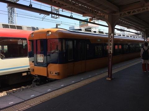 54伊勢市駅電車