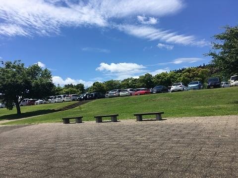 1千畑ラベンダー駐車場