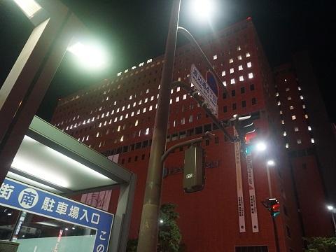 10西日本新聞社