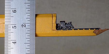 画像】鉄道模型のように鉛筆を加工したアートが凄い!!の画像(1枚目)