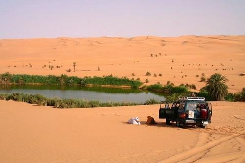 サハラ砂漠にある小さなオアシスが美しすぎて凄い!の画像(7枚目)