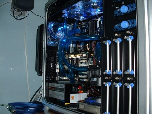 【画像】芸術の域に達している自作パソコンが凄い!!の画像(34枚目)