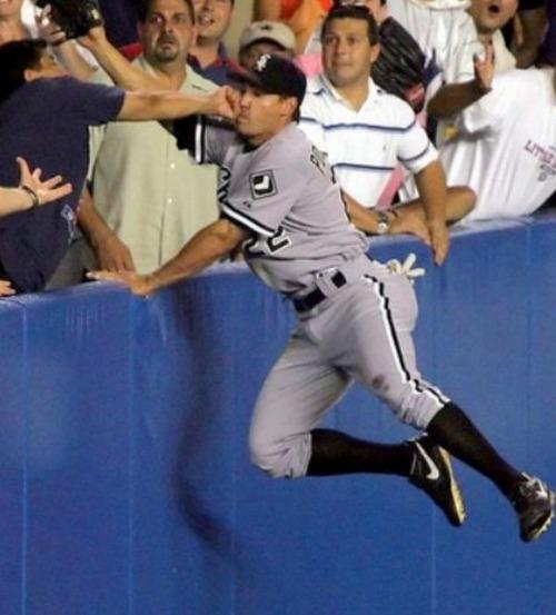 【画像】スポーツの凄いことになってる決定的瞬間!!の画像(10枚目)