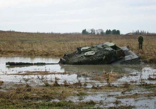 戦車が事故の画像(4枚目)
