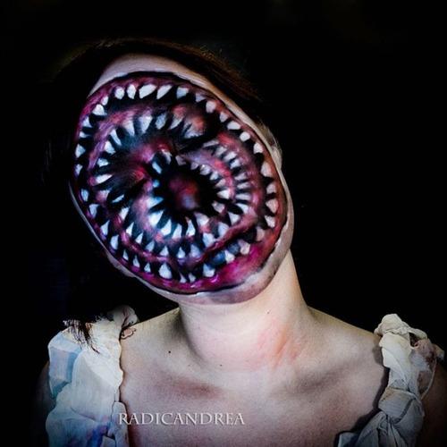 女性のメイクが怖すぎる!化粧のみで怖すぎる女性のメイクの画像の数々!!の画像(18枚目)