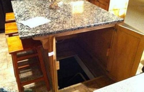 隠し部屋の入り口の画像(8枚目)