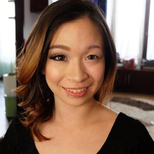 女性の化粧をする前と後の画像(32枚目)