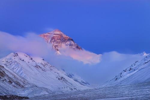 【画像】標高8850m!エベレストの幻想的な風景!!の画像(9枚目)