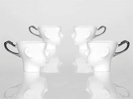 【画像】ちょっとカオスな人の頭のコーヒーカップ…の画像(5枚目)