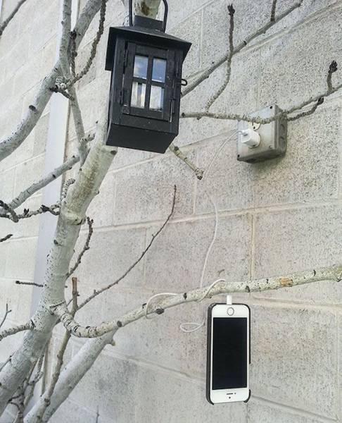 盗電?充電?色々酷いスマフォの充電方法の画像の数々wwwwの画像(3枚目)