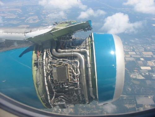 事故=大惨事!笑えるか笑えないか微妙な飛行機事故の画像の数々!!の画像(17枚目)