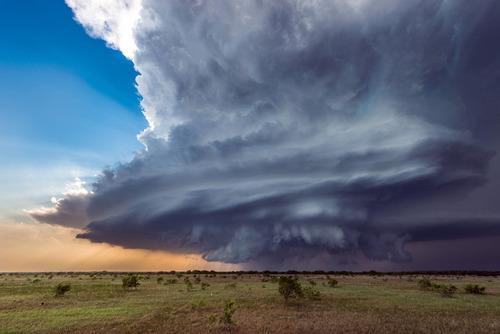 幻想的で恐ろしい!嵐が起こっている空を映した写真の数々!!の画像(6枚目)