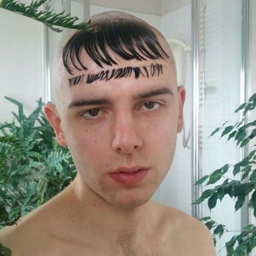 ちょっと斬新過ぎるにも程がある髪型の人たちの画像の数々!!の画像(11枚目)