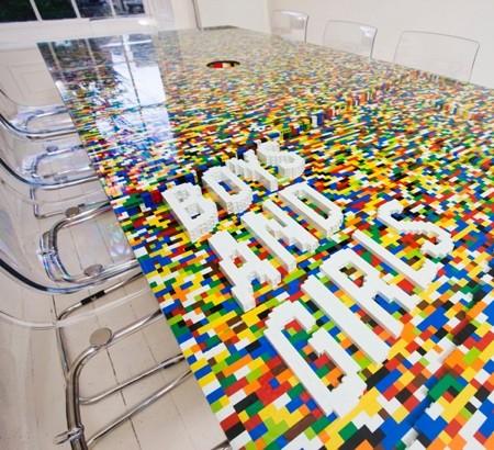 レゴで作った大きなテーブル08