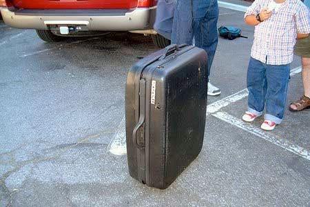 【画像】スーツケースがカートに変身!!折りたたみ式エンジン付きのカートが凄い!!の画像(7枚目)