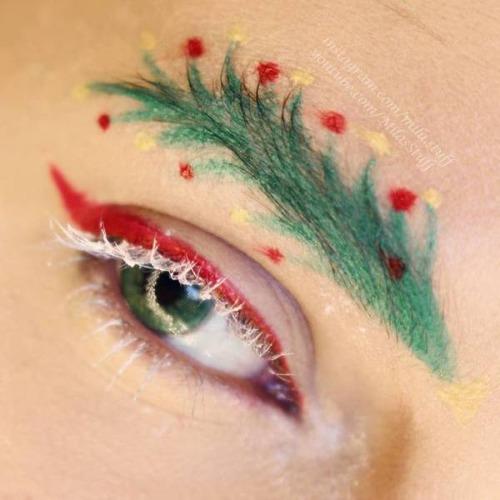 クリスマスをイメージした眉毛のメイクの画像(5枚目)
