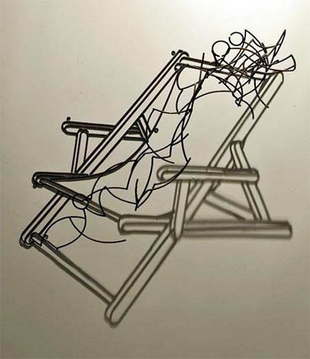 【画像】針金クネクネ!針金の影を使ったアートが凄い!!の画像(4枚目)