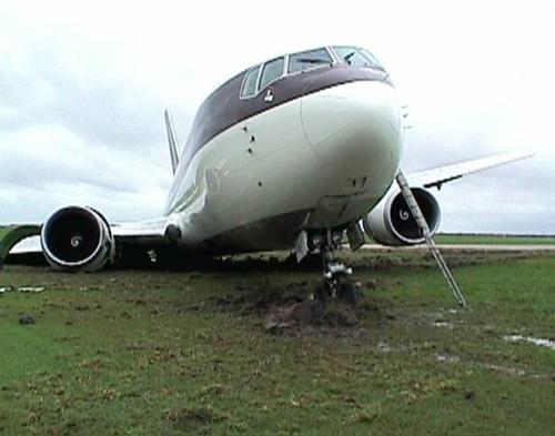 事故=大惨事!笑えるか笑えないか微妙な飛行機事故の画像の数々!!の画像(31枚目)