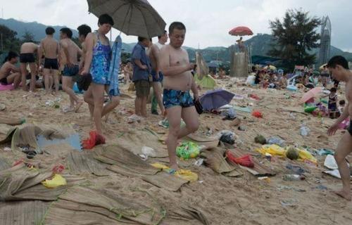 中国の海水浴場の画像(2枚目)