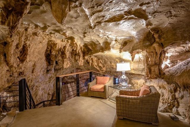 洞窟を使った!美しいホテルの画像(15枚目)