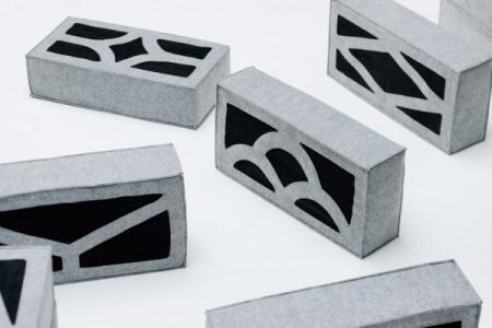 柔らか過ぎるコンクリートブロックのソファー07