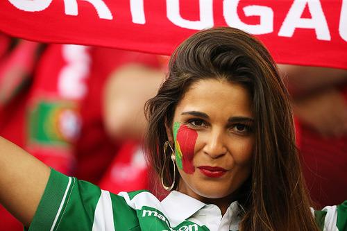 綺麗なサッカーのサポーターのお姉さんの画像の数々!!の画像(9枚目)