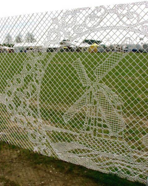 面白いちょっと魅力的な塀や柵をしている家の画像の数々!!の画像(21枚目)