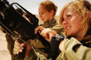 可愛いけどたくましい!イスラエルの女性兵士の画像の数々!!の画像(1枚目)