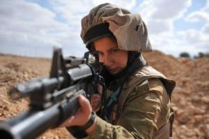 可愛いけどたくましい!イスラエルの女性兵士の画像の数々!!の画像(24枚目)