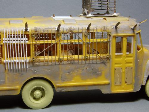 【画像】単なるバスのプラモでも超本気で作ると凄いことになるwwwの画像(7枚目)