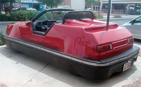 全面バンパーの自動車の画像(2枚目)