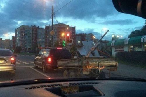 運搬している自動車の画像(14枚目)