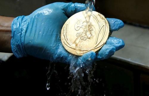 オリンピックのメダルの作り方の画像(13枚目)