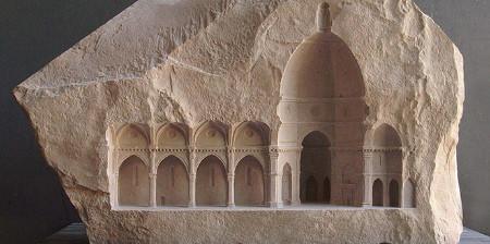 大理石を切り抜いて作った神殿のミニチュア01