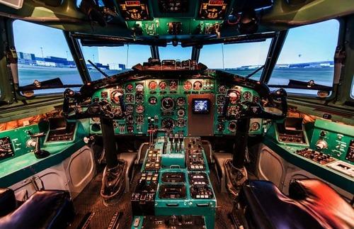 複雑過ぎ!飛行機のパイロットが見ている風景の画像の数々!!の画像(6枚目)