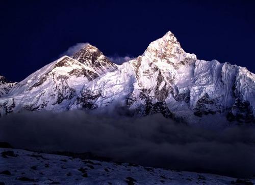 【画像】標高8850m!エベレストの幻想的な風景!!の画像(19枚目)