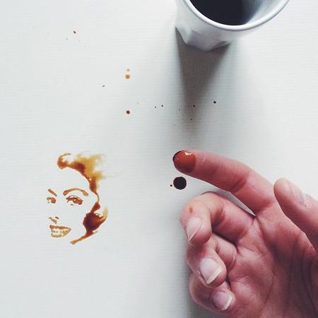 【画像】こぼれたコーヒーのシミで絵を描く!洋風の水墨画のようなアート!!の画像(8枚目)