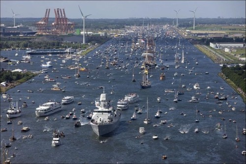 アムステルダムの帆船のフェスティバルが凄い!!の画像(4枚目)
