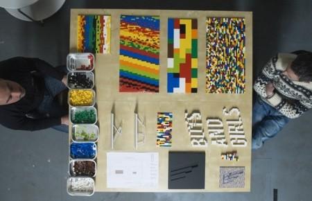 レゴで作った大きなテーブル09