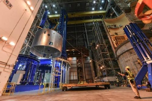 スペースシャトルの燃料タンクの画像(11枚目)