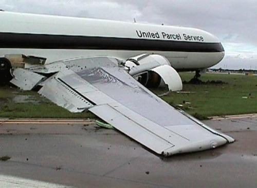 事故=大惨事!笑えるか笑えないか微妙な飛行機事故の画像の数々!!の画像(30枚目)
