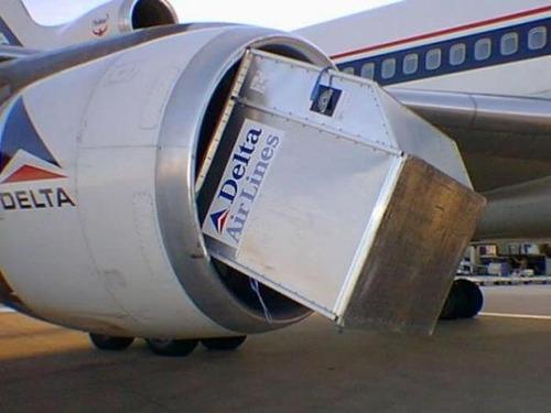 事故=大惨事!笑えるか笑えないか微妙な飛行機事故の画像の数々!!の画像(4枚目)