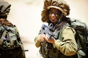 可愛いけどたくましい!イスラエルの女性兵士の画像の数々!!の画像(9枚目)