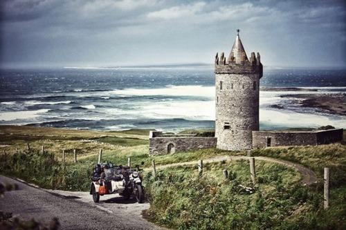【画像】1台のバイクで家族3人が41カ国を4ヶ月で制覇!!の画像(14枚目)